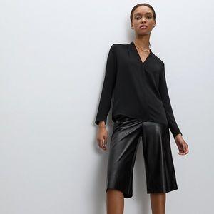 Aritzia Babaton Power Blouse in Black